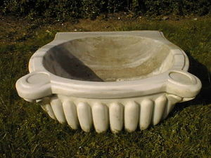 Antiquités Trouvailles -  - Pila De Agua Bendita
