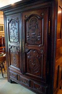 Antiquité Le Berre - armoire de mariage - Armario Matrimonial