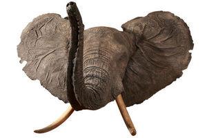 MASAI GALLERY - cape d'éléphant d'afrique en polyester - Cabeza Embalsamada