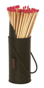 Aubry-Gaspard - seau noir en métal avec 60 allumettes et grattoir  - Portacerillas