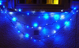 FEERIE SOLAIRE - guirlande solaire 30 leds blanches 30 leds bleues  - Guirnalda Luminosa