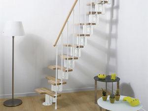 Escalera ahorrando espacio