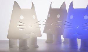 Officina Crea - cat - Lámpara De Mesa Para Niños