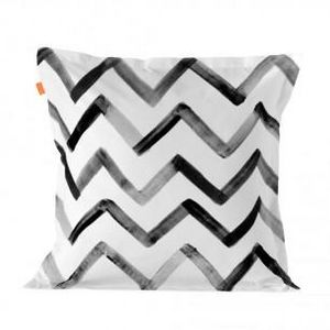 HAPPY FRIDAY - a chevron - Funda De Almohada