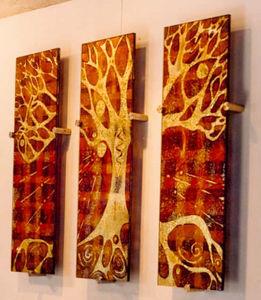 Joy Greenhalgh - tree triptych - Panel Decorativo