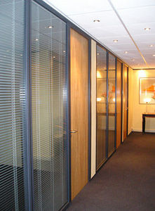 Avon Partitioning Services - full height double glazed with timber doors - Tabique De Despacho