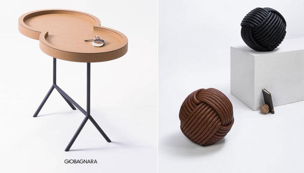 GIOBAGNARA Tavolino per divano Tavolini / Tavoli bassi Tavoli e Mobili Vari  |