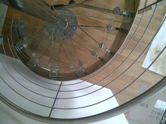 TRESCALINI - hurricane : escalier colima�on inox poli et verre - Scala A Chiocciola