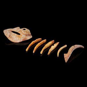 Expertissim - pendants d'un collier en coquille marine - Objetto Precolombiano