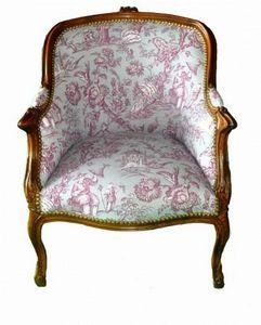 Demeure et Jardin - fauteuil bergère toile de jouy bordeaux sur fond p - Poltrona Bergère