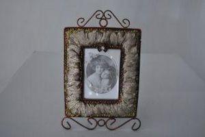 Demeure et Jardin - cadre rectangulaire moiré kaki - Cornice
